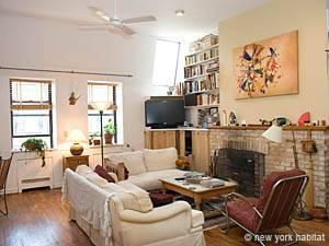 New York 2 Bedroom Duplex Apartment Living Room Ny 1313 Photo