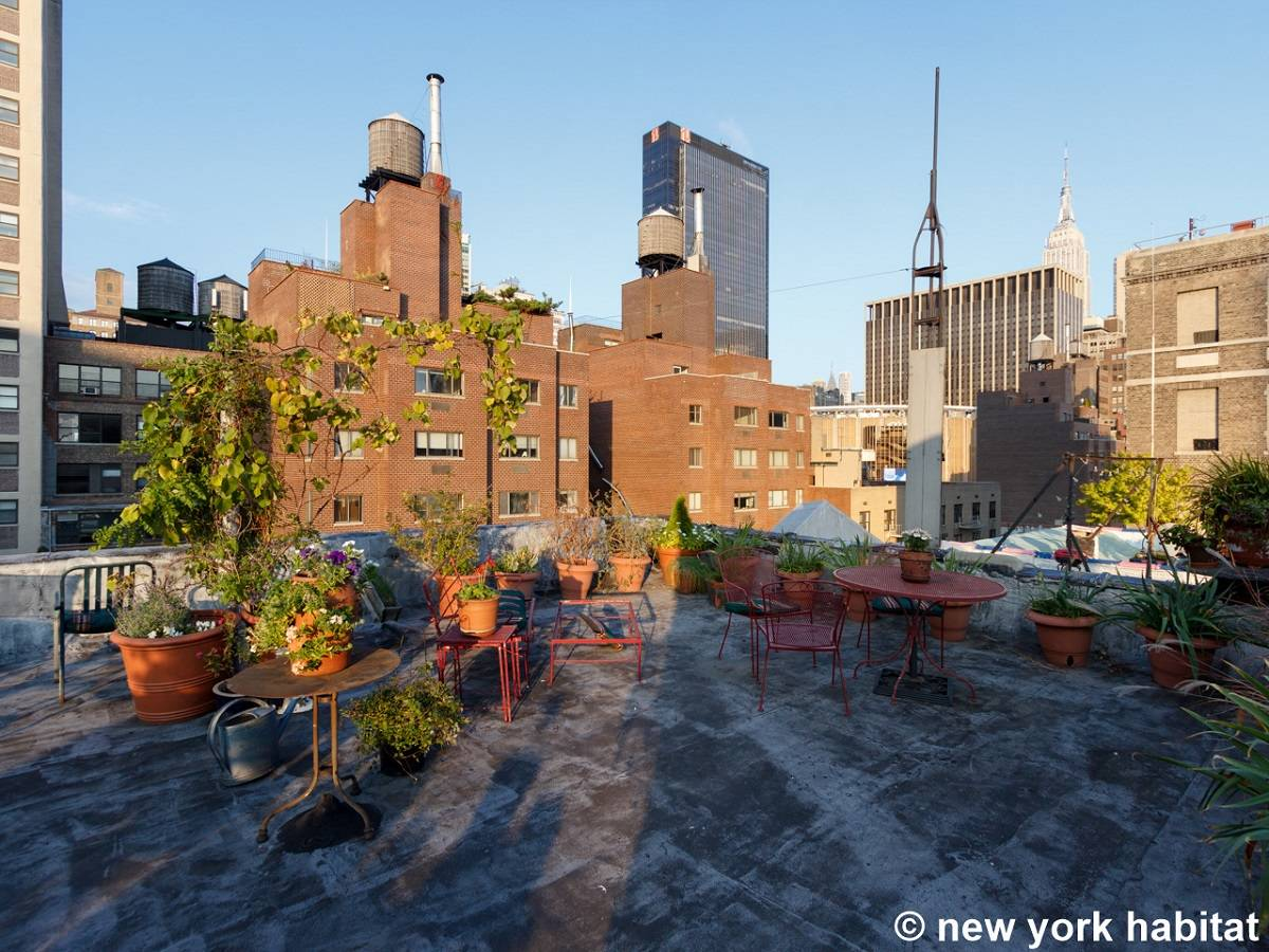 New york apartment 6 bedroom apartment rental in for Nyc greenwich village apartments