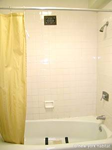 New York T2 appartement colocation - salle de bain 1 (NY-14073) photo 3 sur 4