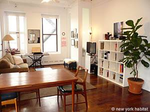 New York 1 Bedroom accommodation - living room (NY-14156) photo 1 of 6