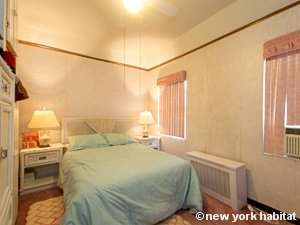 New York 3 Bedroom accommodation bed breakfast - bedroom (NY-14212) photo 1 of 5