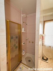 New York 3 Bedroom accommodation bed breakfast - bathroom (NY-14212) photo 3 of 4