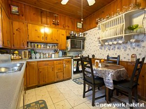 New York 3 Bedroom accommodation bed breakfast - kitchen (NY-14212) photo 2 of 4