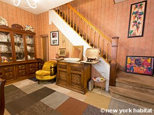 New York 3 Bedroom accommodation bed breakfast - living room (NY-14212) photo 8 of 8