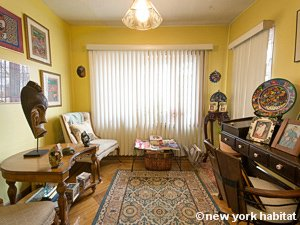 New York 3 Bedroom accommodation bed breakfast - living room (NY-14212) photo 5 of 8