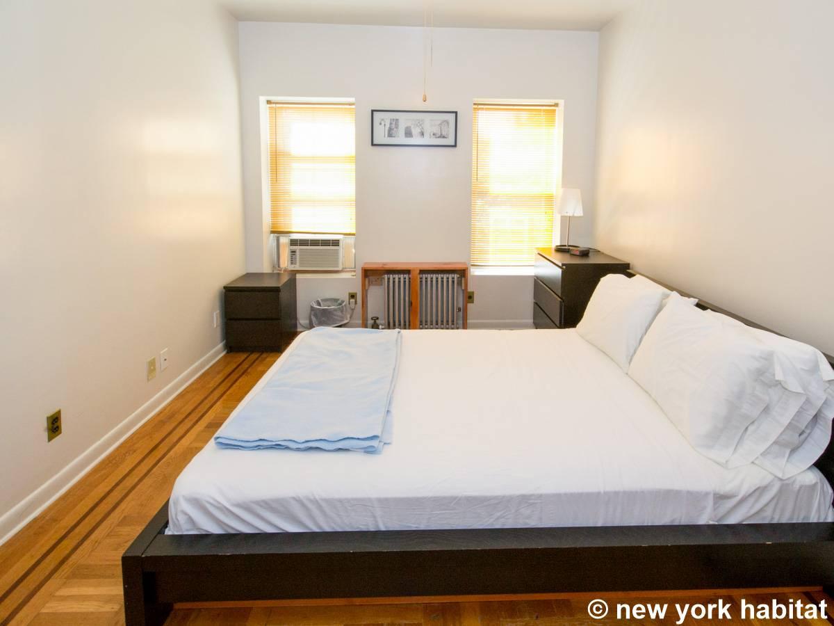 new york 2 bedroom duplex accommodation bedroom 1 ny 14274 photo