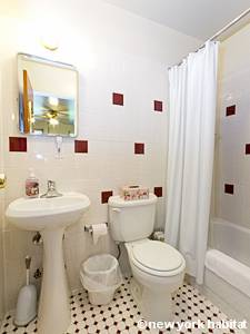 New York Monolocale affitto bed breakfast - bagno (NY-14276) photo 1 di 2