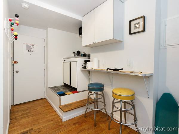 ... New York Studio Apartment   Kitchen (NY 14305) Photo 1 Of 4 ...