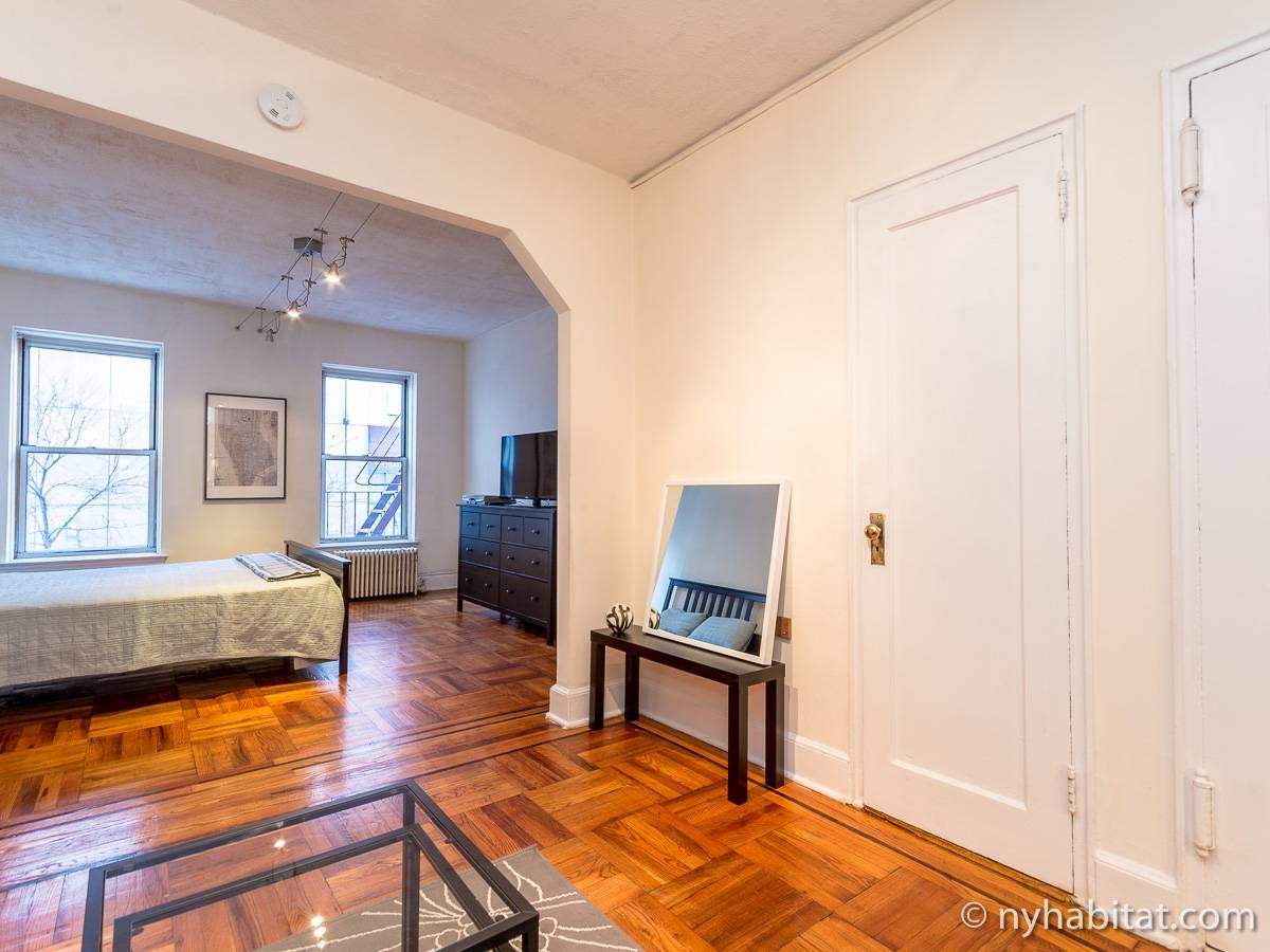 ... New York Alcove Studio apartment - living room (NY-14326) photo 2 of ...