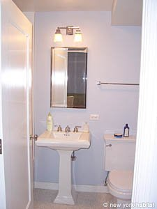 New York Studio apartment - bathroom (NY-14339) photo 1 of 3
