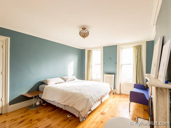 New York 3 Bedroom - Triplex accommodation - bedroom 1 (NY-14369) photo 3 of 7