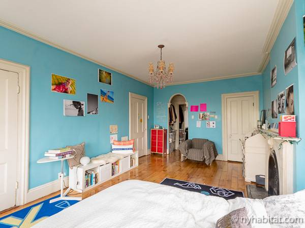 New York 3 Bedroom - Triplex accommodation - bedroom 2 (NY-14369) photo 8 of 8