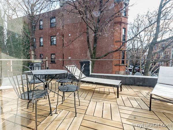 New York 3 Bedroom - Triplex accommodation - living room 1 (NY-14369) photo 6 of 6