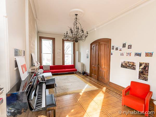 New York 3 Bedroom - Triplex accommodation - living room 2 (NY-14369) photo 1 of 7