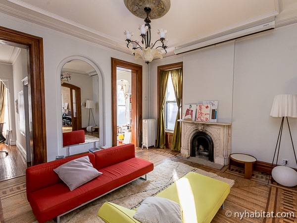 New York 3 Bedroom - Triplex accommodation - living room 3 (NY-14369) photo 7 of 7