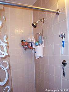 New York 1 Bedroom accommodation - bathroom (NY-14390) photo 4 of 4