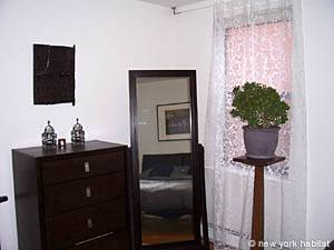 New York 1 Bedroom accommodation - bedroom (NY-14390) photo 3 of 3