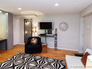 New York 2 Bedroom - Duplex accommodation - living room (NY-14402) photo 5 of 10
