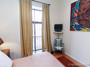 New York 2 Bedroom - Duplex accommodation - bedroom 2 (NY-14402) photo 2 of 5