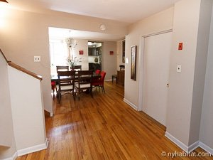 New York 2 Bedroom - Duplex accommodation - living room (NY-14402) photo 8 of 10