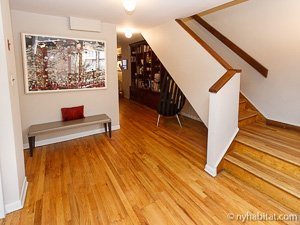 New York 2 Bedroom - Duplex accommodation - living room (NY-14402) photo 7 of 10