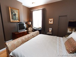 New York 2 Bedroom - Duplex accommodation - bedroom 1 (NY-14402) photo 3 of 5