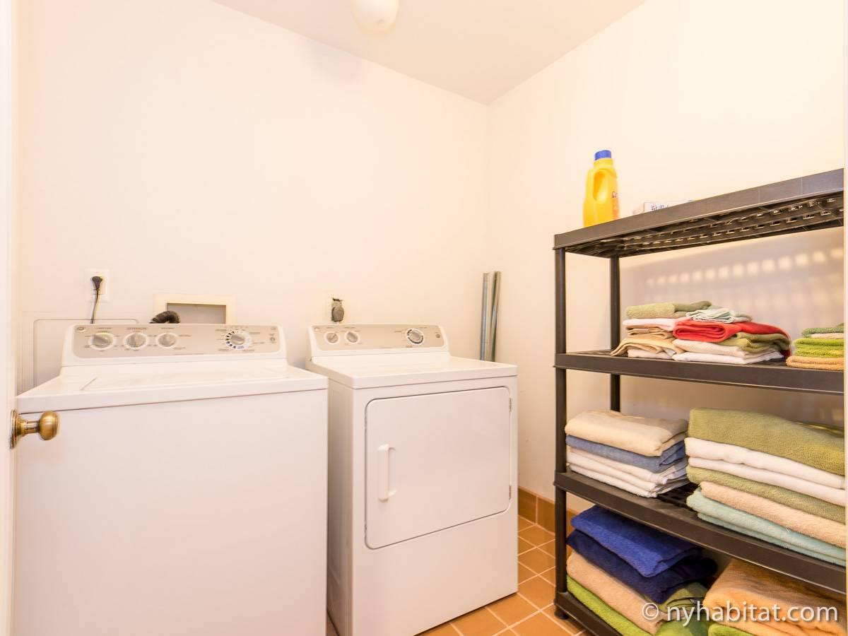 Casa vacanza a new york 3 camere da letto harlem ny for Appartamenti lexington new york