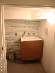 New York T4 - Triplex logement location appartement - salle de bain 4 (NY-14435) photo 1 sur 2