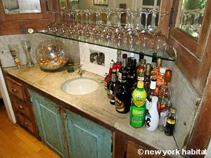 New York 2 Bedroom - Duplex accommodation bed breakfast - living room 2 (NY-14447) photo 4 of 6
