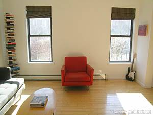 New York 4 Bedroom - Triplex accommodation - living room 1 (NY-14448) photo 3 of 5