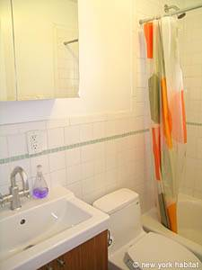 New York 4 Bedroom - Triplex accommodation - bathroom 2 (NY-14448) photo 1 of 2