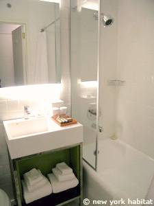 New York T2 appartement location vacances - salle de bain (NY-14524) photo 1 sur 1