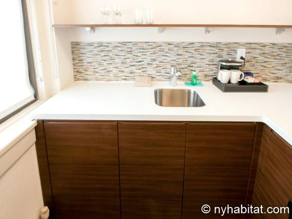 New York 1 Bedroom accommodation - kitchen (NY-14526) photo 2 of 4