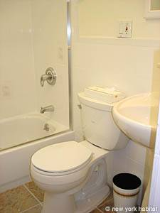 New York 2 Bedroom apartment - bathroom (NY-14549) photo 2 of 4