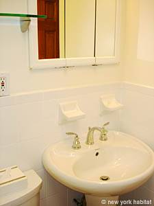 New York 2 Bedroom apartment - bathroom (NY-14549) photo 3 of 4