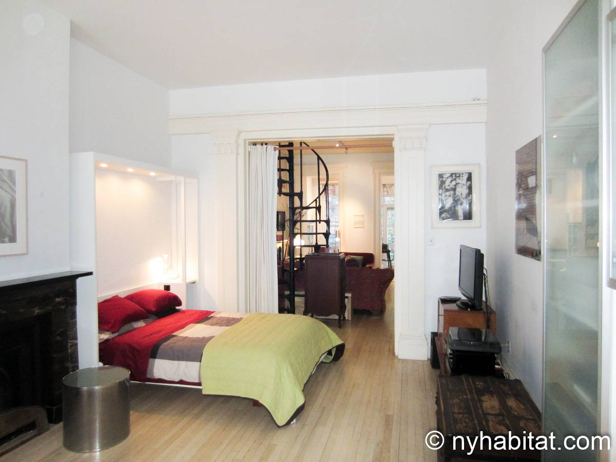 New York 1 Bedroom accommodation bed breakfast - bedroom (NY-14595) photo 5 of 9