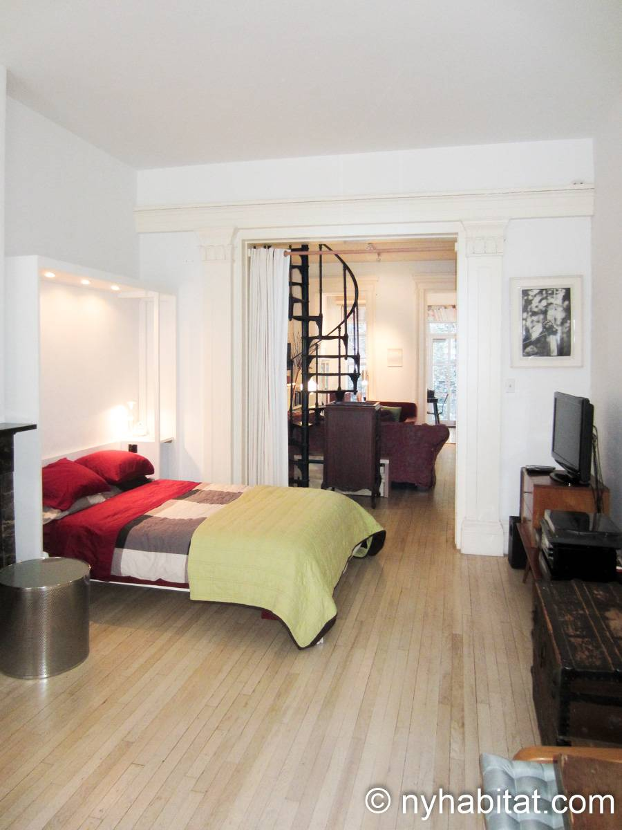 New York 1 Bedroom accommodation bed breakfast - bedroom (NY-14595) photo 6 of 9