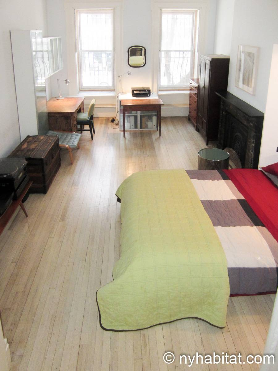 New York 1 Bedroom accommodation bed breakfast - bedroom (NY-14595) photo 2 of 9