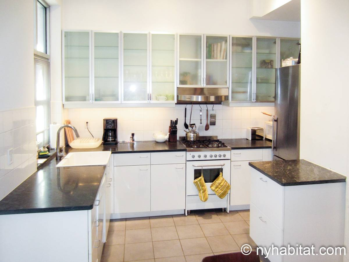New York 1 Bedroom accommodation bed breakfast - kitchen (NY-14595) photo 1 of 4