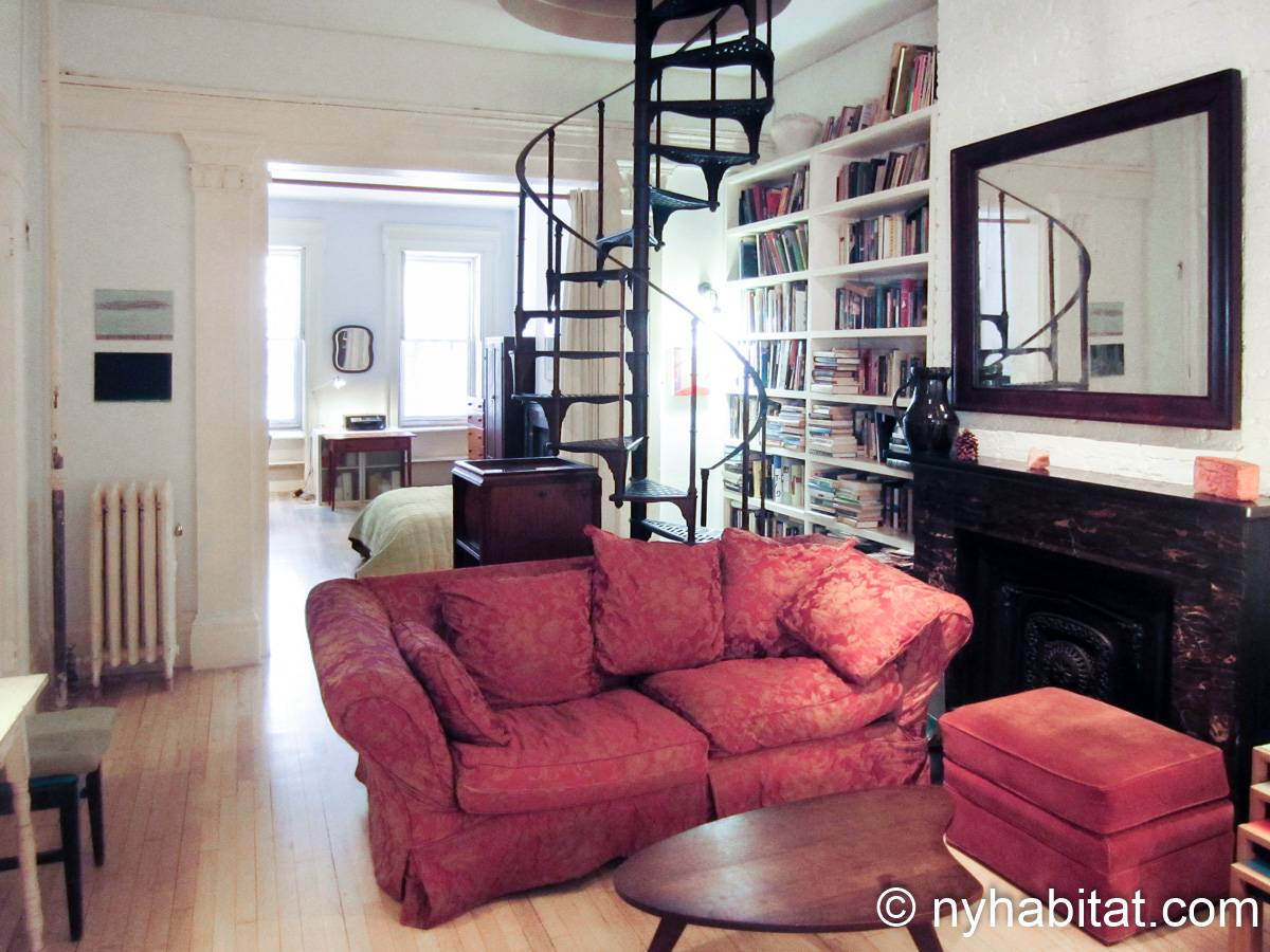 New York 1 Bedroom accommodation bed breakfast - living room (NY-14595) photo 2 of 4