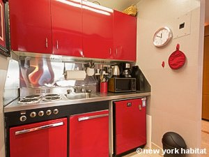 New York Studio accommodation - kitchen (NY-14638) photo 4 of 4