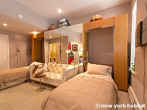 New York Studio accommodation - living room (NY-14638) photo 2 of 8