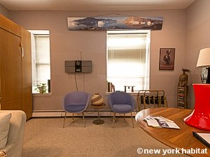 New York Studio accommodation - living room (NY-14638) photo 5 of 8