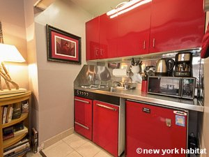 New York Studio accommodation - kitchen (NY-14638) photo 2 of 4
