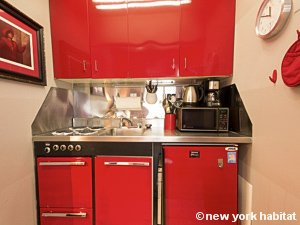 New York Studio accommodation - kitchen (NY-14638) photo 1 of 4