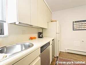 New York 2 Bedroom apartment - kitchen (NY-14663) photo 3 of 4