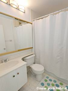 New York 2 Bedroom apartment - bathroom 1 (NY-14663) photo 1 of 2
