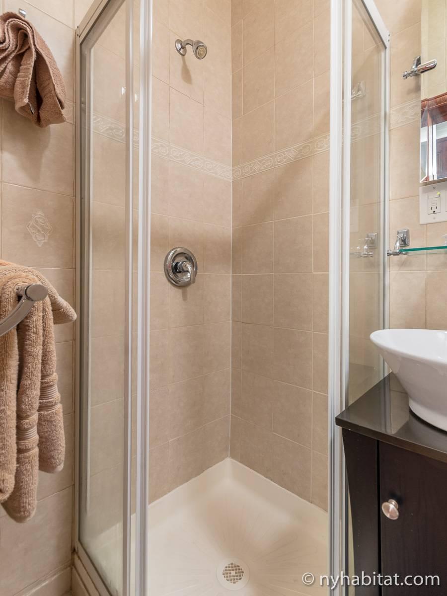 Casa vacanza a new york 2 camere da letto harlem ny for 2 camere da letto 1 bagno di casa