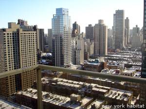 New York 2 Bedroom accommodation - living room (NY-14745) photo 10 of 12