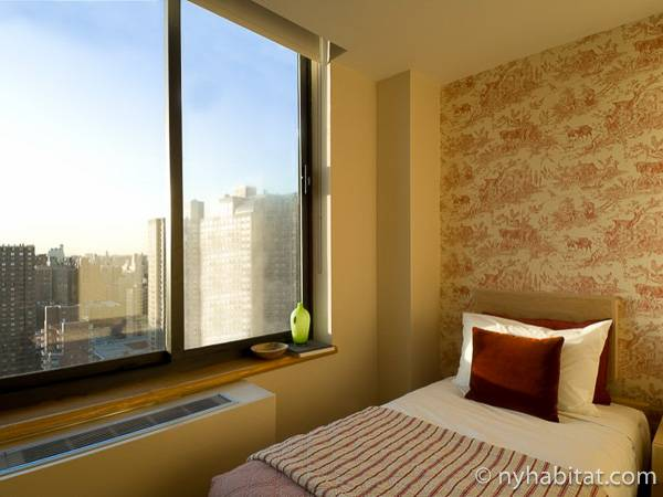 New York 2 Bedroom accommodation - bedroom 2 (NY-14745) photo 3 of 3
